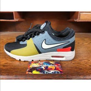 Nike Air Max Zero Si BlackGreyWhite Size 5.5 NEW